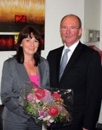 29.09.2009 Wilhelm Josef Sebastian gratuliert Mechthild Heil zu ihrem Wahlerfolg.